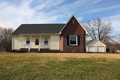 Robertson County Single Family Home For Sale: 3010 Britney Dr