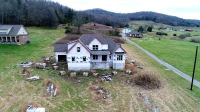 Wilson County Single Family Home For Sale: Kennedy Creek Rd