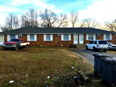 Clarksville Multi Family Home For Sale: 105 Tandy Dr