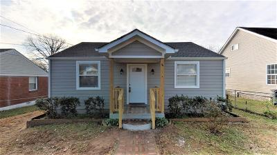 Davidson County Single Family Home For Sale: 404 Elm St
