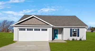 Christian County Single Family Home Under Contract - Showing: 147 Kentucky Ridge