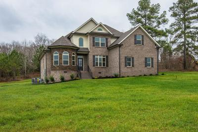 Bon Aqua TN Single Family Home Under Contract - Not Showing: $399,900