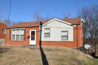 Nashville Single Family Home Under Contract - Showing: 3222 Crowe Dr