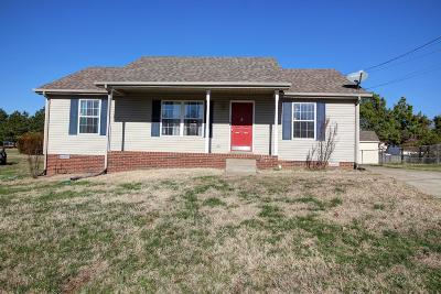 Single Family Home Sold: 317 Donna Dr
