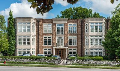 Nashville Condo/Townhouse Under Contract - Showing: 3821 West End Ave #302
