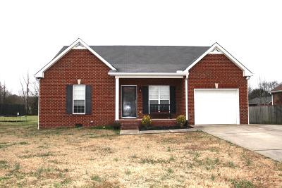 Lebanon Single Family Home For Sale: 1322 Stroud Dr