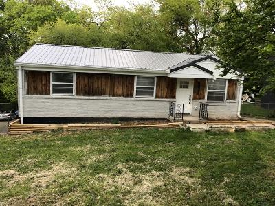 Nashville Single Family Home For Sale: 818 Patricia Dr