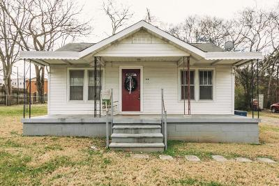 Single Family Home For Sale: 114 Harris St