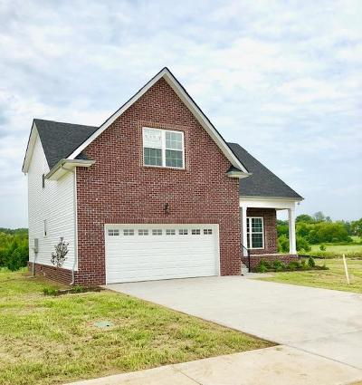 Lebanon Single Family Home Under Contract - Showing: 132 Hartmann Crossing Dr