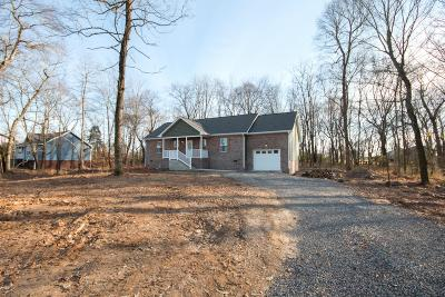 Portland Single Family Home Under Contract - Showing: 104 Snider Perry Rd