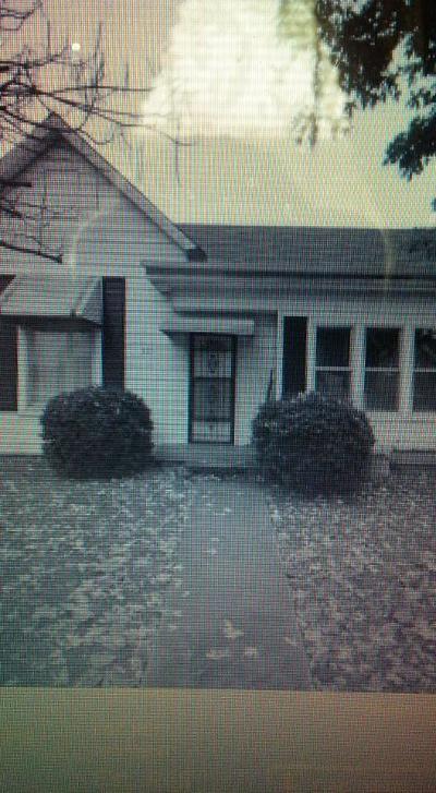 Nashville Single Family Home For Sale: 825 N 5th St