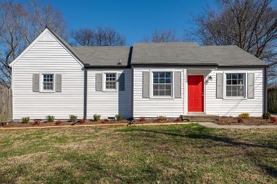 Nashville Single Family Home Under Contract - Showing: 2204 Mecca Dr