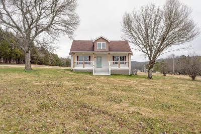 Lewisburg Single Family Home For Sale: 1300 Donna Rd
