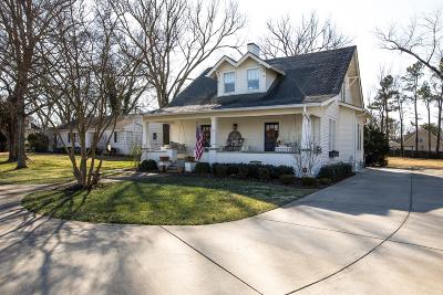 Franklin Single Family Home For Sale: 111 Everbright Ave