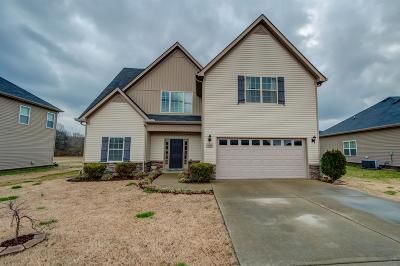 Spring Hill Single Family Home Under Contract - Showing: 2095 Longhunter Chase Dr