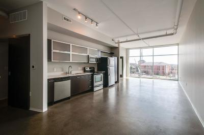 East Nashville Condo/Townhouse Under Contract - Showing: 2115 Yeaman Place