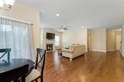 White House Single Family Home For Sale: 232 Jocelyn Dr