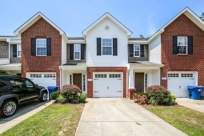 Smyrna Condo/Townhouse Under Contract - Showing: 215 Latimer Dr