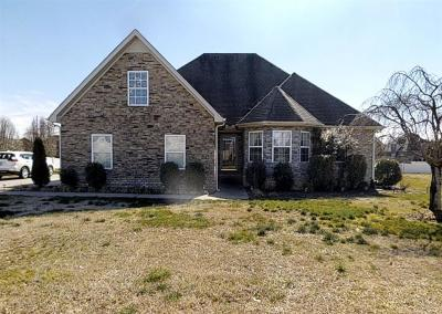 Murfreesboro TN Single Family Home Under Contract - Not Showing: $288,000