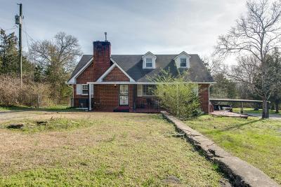 Nashville Single Family Home For Sale: 3819 Kings Ln