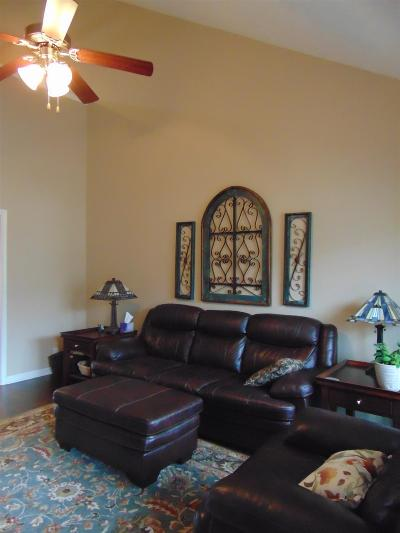 Condo/Townhouse Under Contract - Not Showing: 3338 Stormello Ln