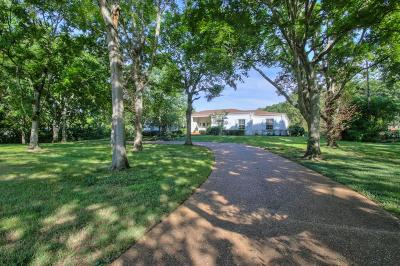 Nashville Single Family Home For Sale: 6202 Hickory Valley Rd