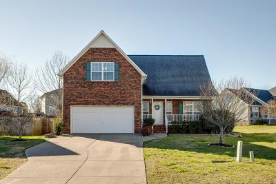 Spring Hill Single Family Home Under Contract - Showing: 1219 Baker Creek Dr