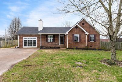 Greenbrier Single Family Home For Sale: 2035 Dogwood Ln