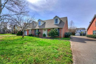 Single Family Home For Sale: 1815 Herald Ln