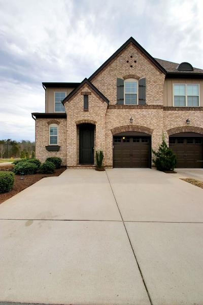 Hendersonville Single Family Home Under Contract - Not Showing: 152 Ambassador Circle Pvt 37