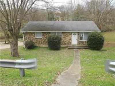 Nashville Single Family Home For Sale: 3907 Creekside Dr