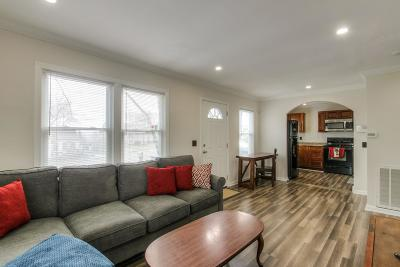 Single Family Home For Sale: 902 S 13th St