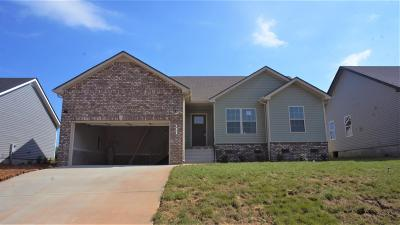 Oak Grove KY Single Family Home For Sale: $172,500