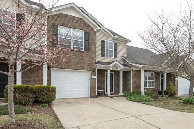 Spring Hill  Condo/Townhouse Under Contract - Not Showing: 3027 Soaring Eagle Way