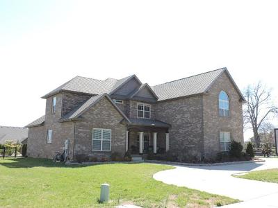 Clarksville Single Family Home For Sale: 3015 Prince Dr