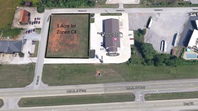 Adams, Clarksville, Springfield, Dover Commercial For Sale: 635 Huntco Dr