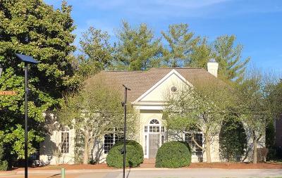 Nashville Single Family Home For Sale: 140 Abbottsford