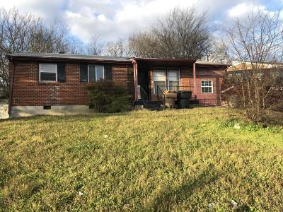 Nashville Single Family Home For Sale: 3268 Hinkle Dr