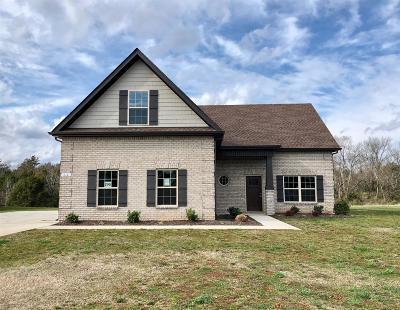 Murfreesboro Single Family Home For Sale: 612 Sapphire Dr