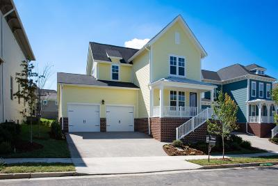 Franklin Single Family Home Under Contract - Showing: 1016 Echelon Dr - Lot 45