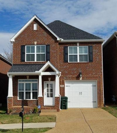 White House Single Family Home Under Contract - Showing: 800 Indian Ridge Cir