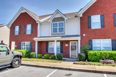 Smyrna Condo/Townhouse Under Contract - Showing: 3027 Burnt Pine Dr