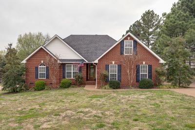 Lewisburg Single Family Home For Sale: 830 Joshua Dr