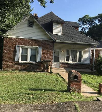 Nashville Single Family Home For Sale: 3018 Indiana Ave