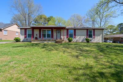 Old Hickory Single Family Home For Sale: 4745 Kennysaw Dr