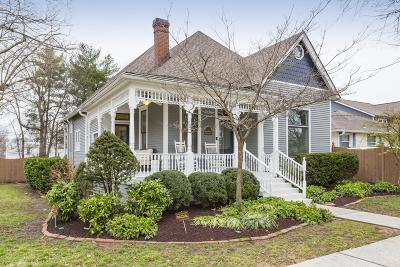 Nashville Single Family Home For Sale: 5010 Dakota Ave