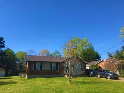 Wilson County Single Family Home For Sale: 307 Sunny Acre Dr