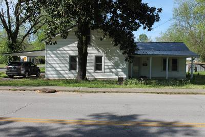 Single Family Home For Sale: 501 E East Main Street