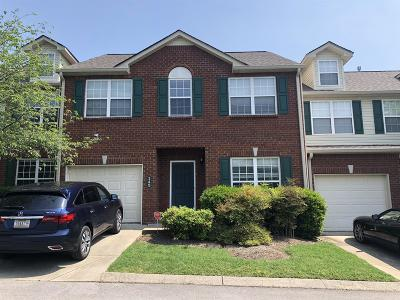 Nashville Condo/Townhouse For Sale: 142 Nashboro Grns