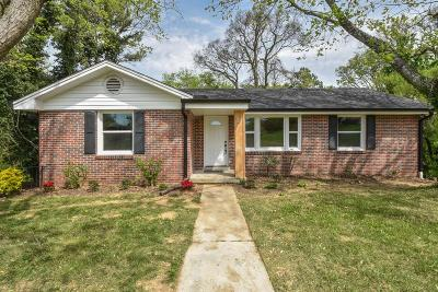 Nashville Single Family Home For Sale: 100 N Dellrose Dr